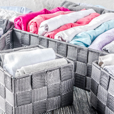 7 Simple Ways to Organize Baby Clothes & Free Labels