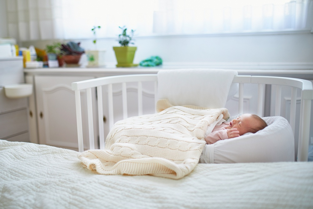 baby cosleeping ready to transition to crib