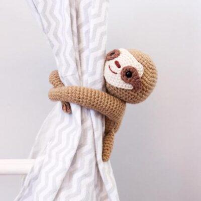 25 Ways to Decorate a Sloth Theme Nursery