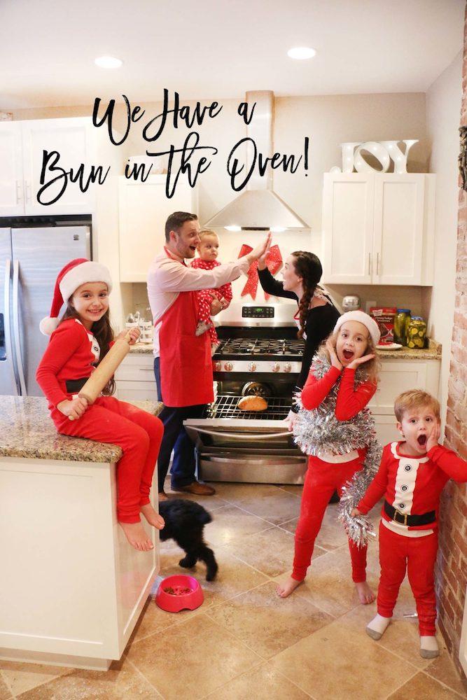 Christmas pregnancy announcement family shoot