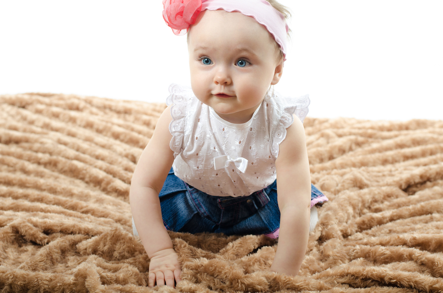 6 month old baby crawling - 6 month babywise schedule
