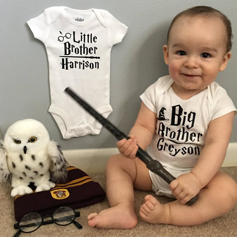 Baby boy in Big Brother onesie to announce new little brother on the way