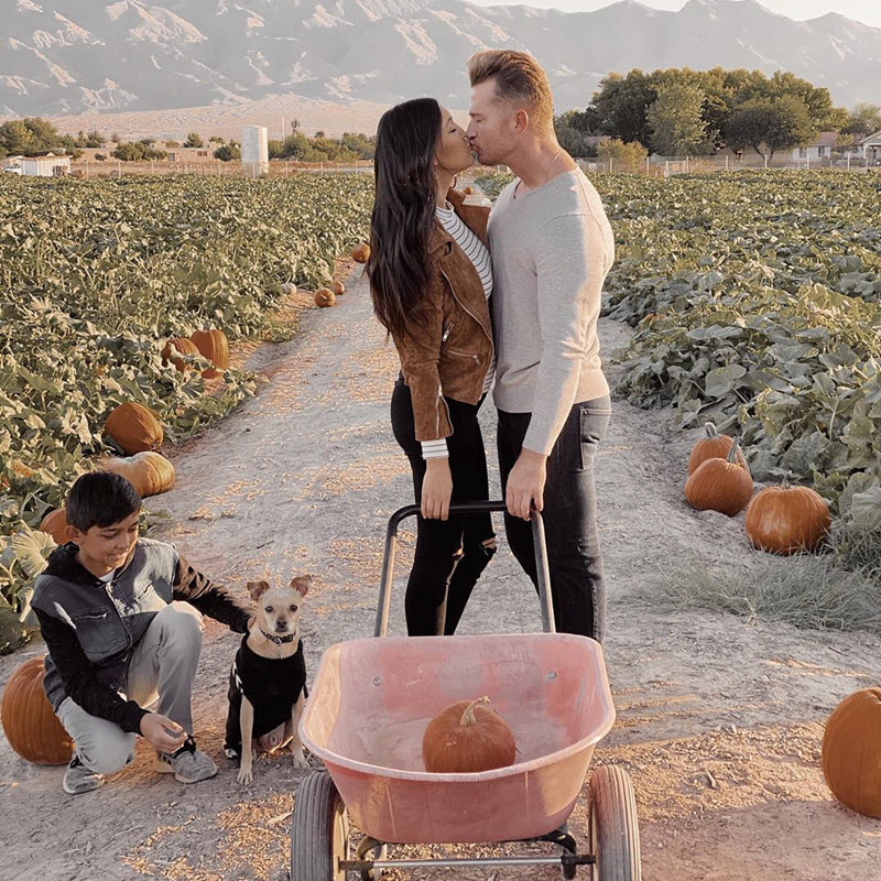 Pumpkin Patch pregnancy announcement