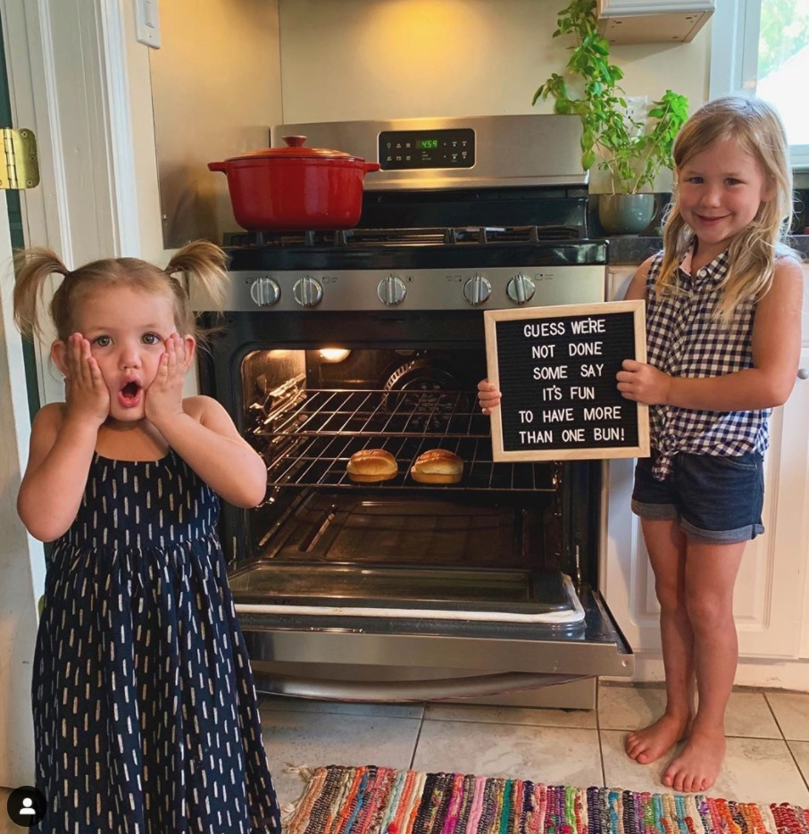 two buns in the oven - sisters announcing twin pregnancy