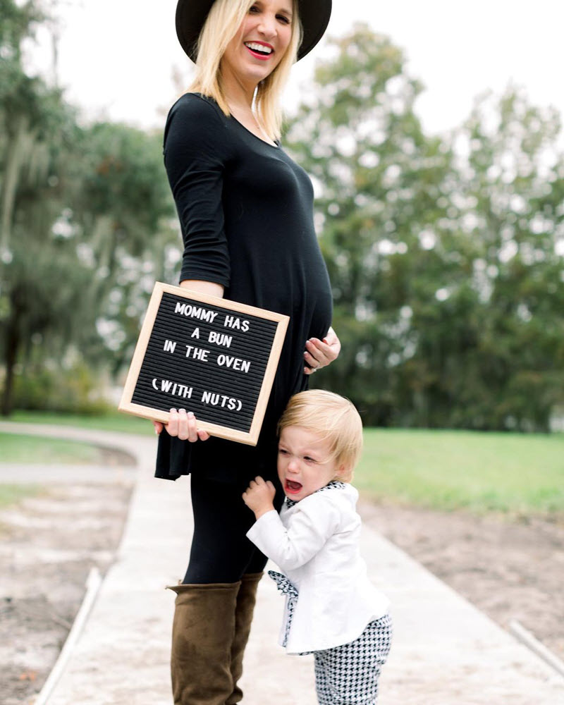 funny mom and baby girl pregnancy announcement