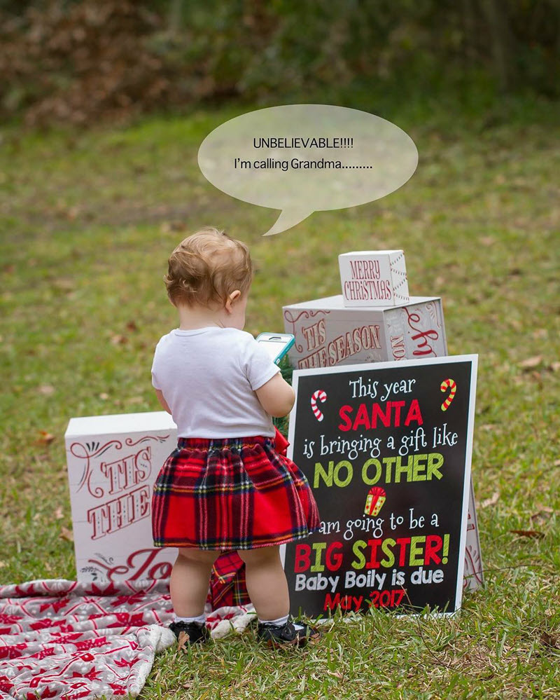 funny Christmas pregnancy announcement photo