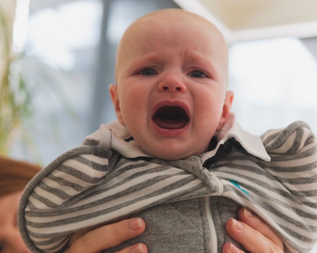 baby dealing with four month sleep regression