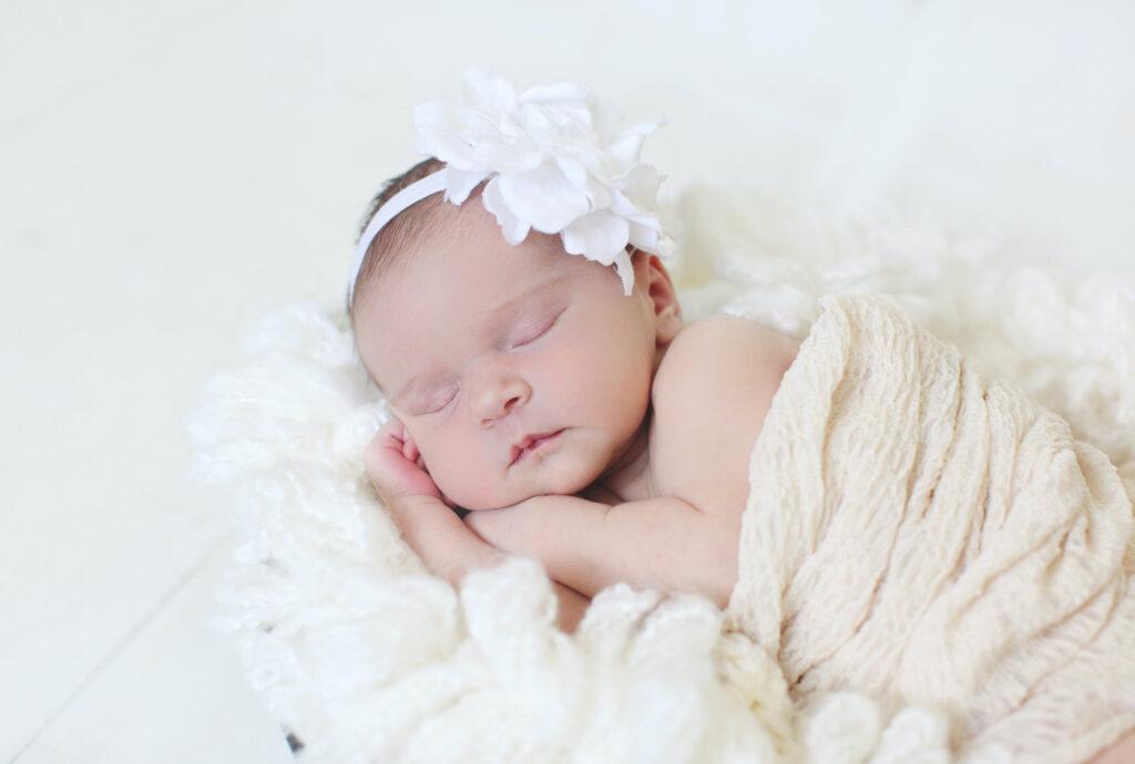 newborn baby - when to take newborn photos