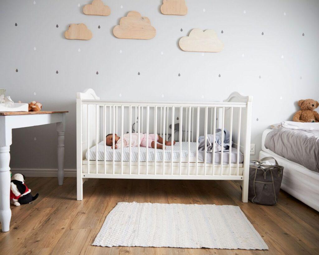 Baby sleep consultant tips - Nursery environment