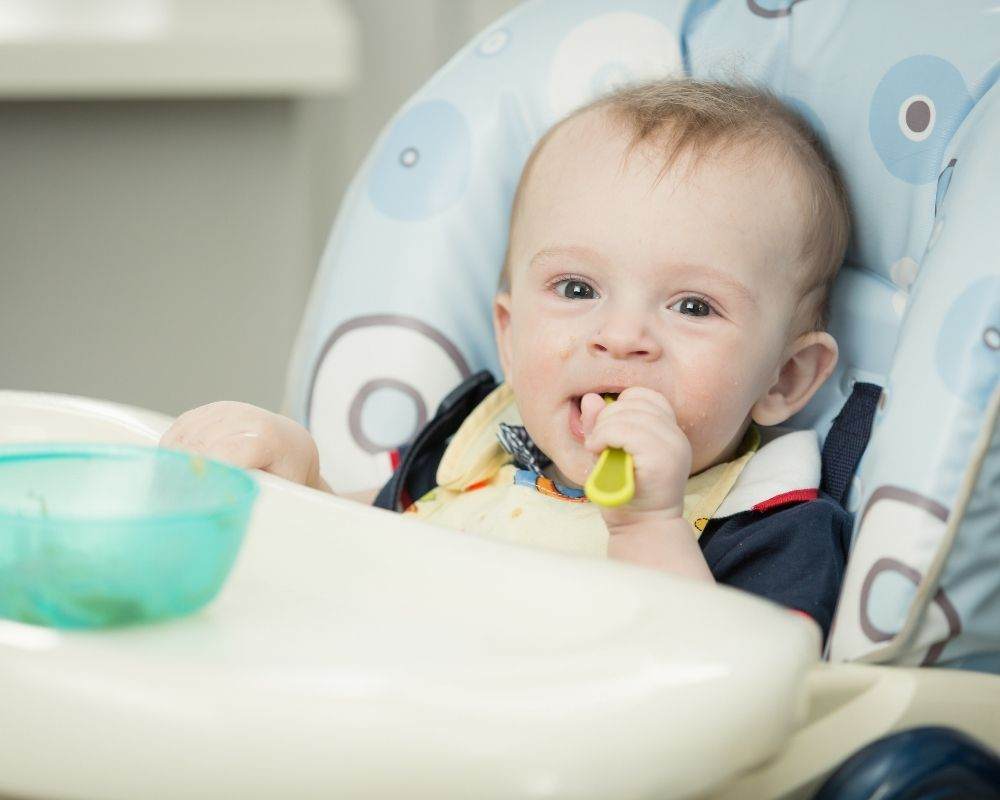 baby eating new foods can cause sleep regression