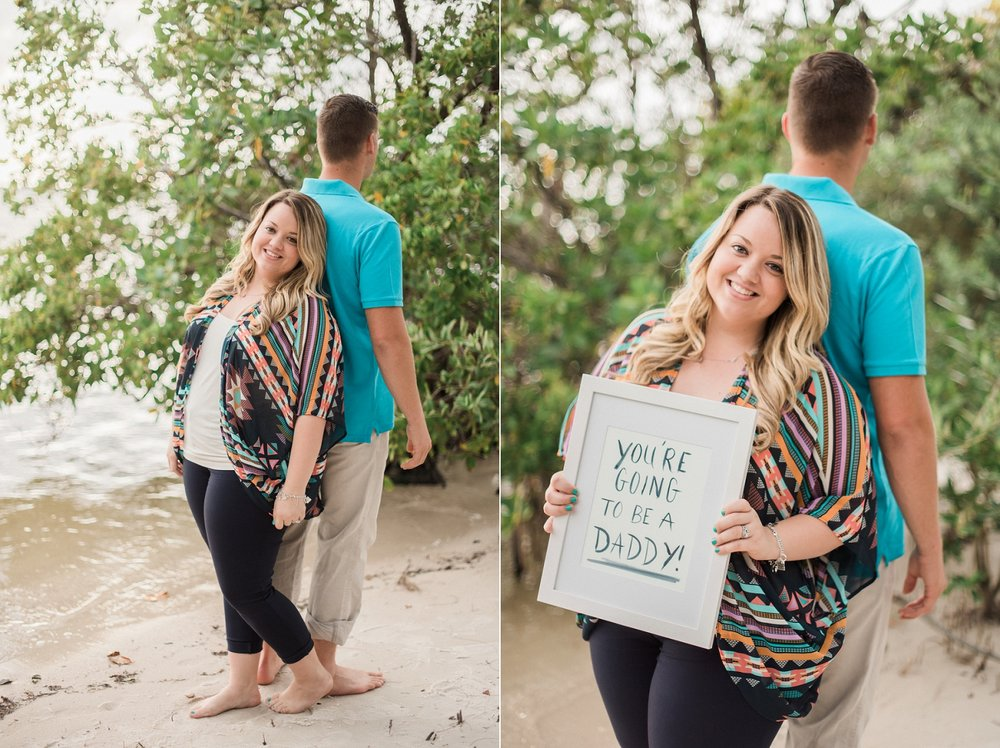 surprise beach pregnancy announcement to husband